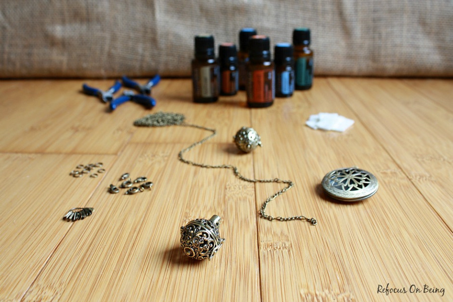 DIY-Essential-Oil-Diffuser-Locket-Necklace-Tutorial-Refocus-On-Being - Copy
